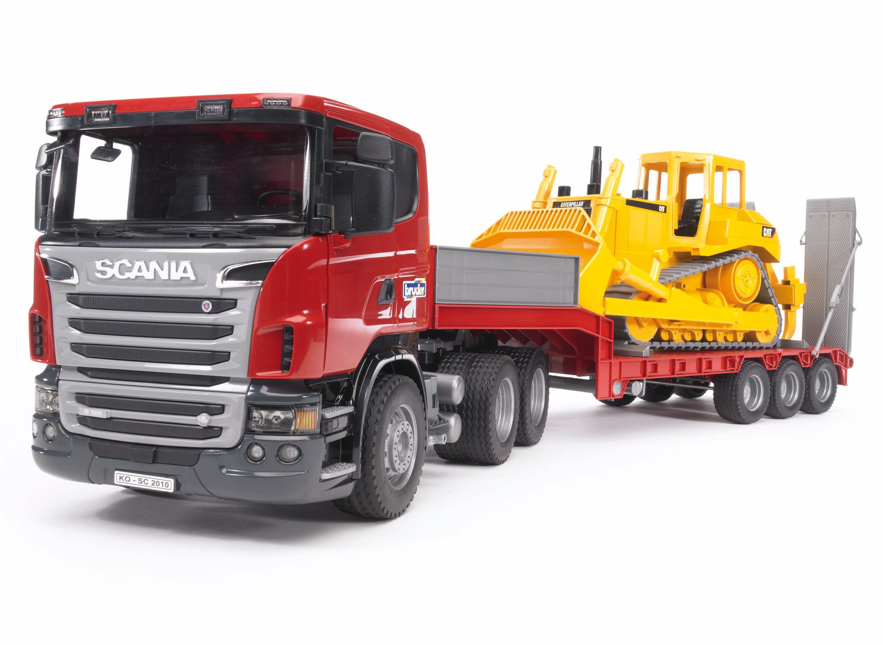 Scania dieplader en CAT bulldozer (03555)